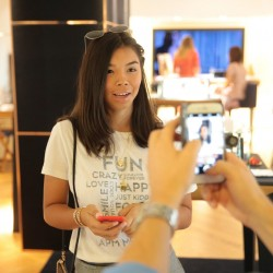chloe cornu wong at apm monaco with paparazzi